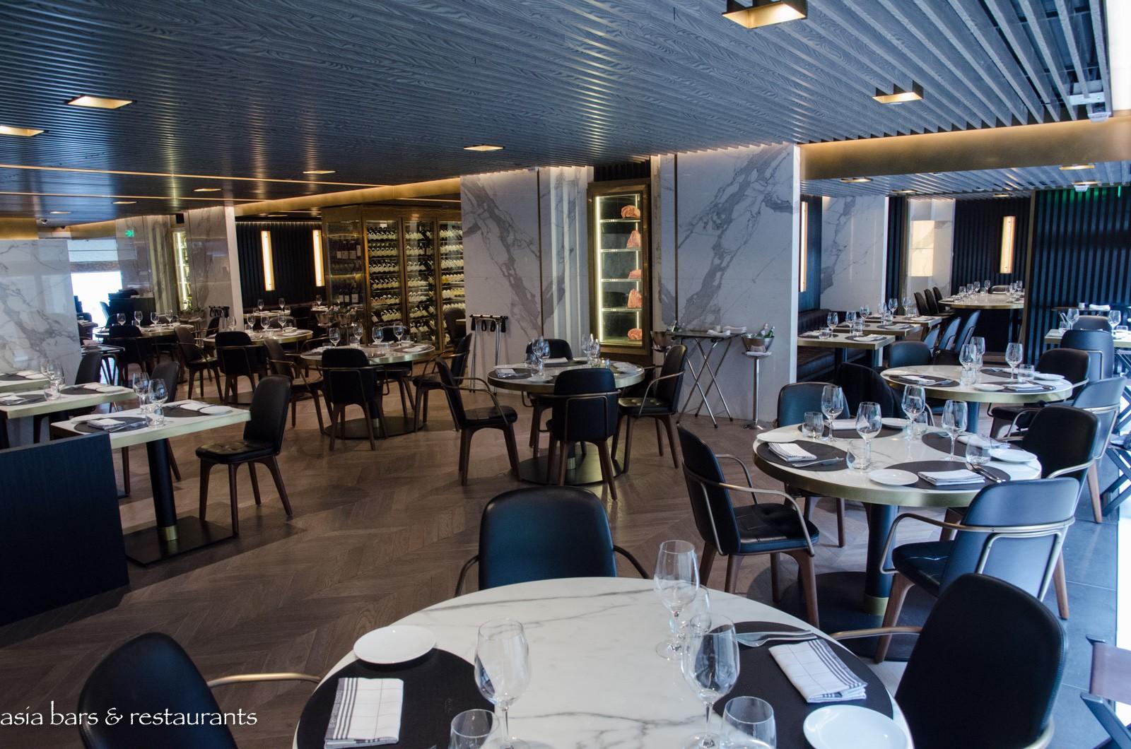beefbar modern steak restaurant in hong kong asia bars restaurants. Black Bedroom Furniture Sets. Home Design Ideas