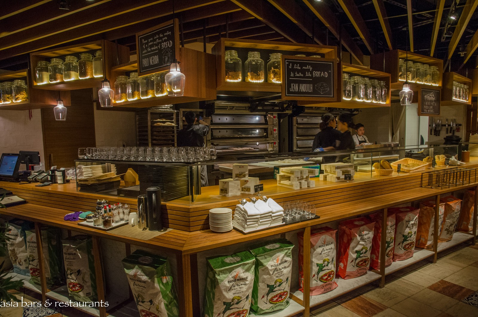 Ciak Kitchen In The City Italian Trattoria Style Restaurant In Hong Kong Asia Bars