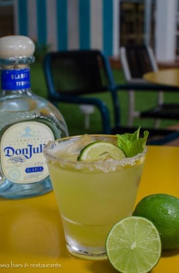 FOC Sentosa cocktail