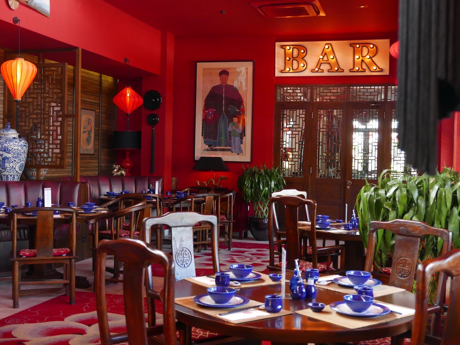 Happy chappy chinese restaurant bar in bali asia - Chinese restaurant interior pictures ...