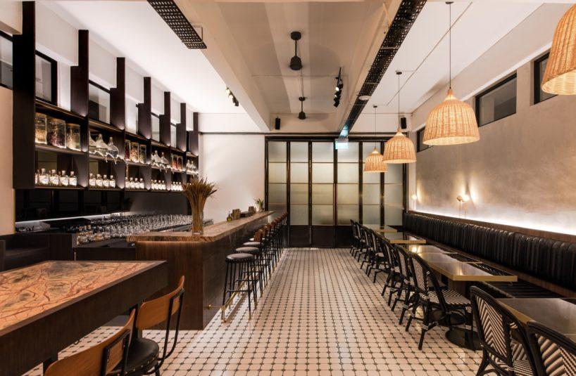 brass lion tasting room